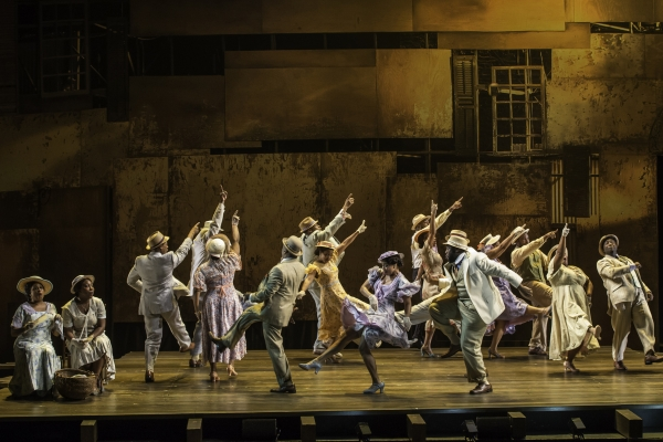 The cast of The Gershwins' Porgy and Bess. Photo by Michael J. Lutch.