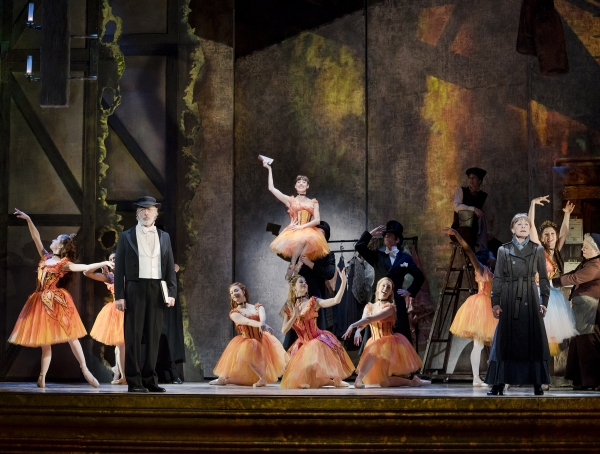 The_company_of_Marie__Dancing_Still_at_The_5th_Avenue_Theatre-_Credit_Paul_Kolnik-600x455